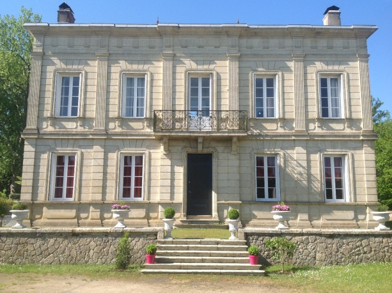 6 Bedrooms Bedrooms, 10 Rooms Rooms,6 BathroomsBathrooms,Maison,A vendre,2,1008