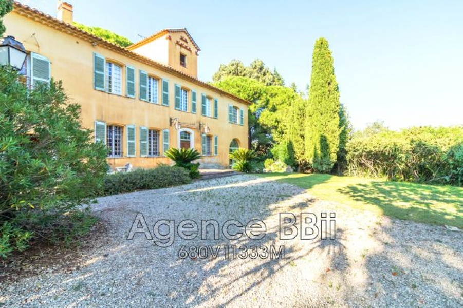 FREJUS, 83600, 12 Rooms Rooms,Demeure,A vendre,1058