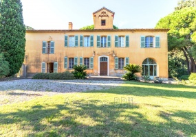 FREJUS, 83600, 12 Rooms Rooms,Demeure,A vendre,1060